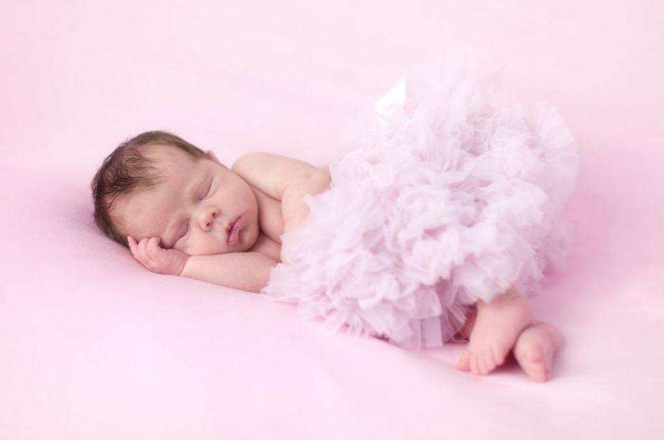 Babyfotos Ludwigsburg   Neugeborenenfotos Marlene 14 Tage alt
